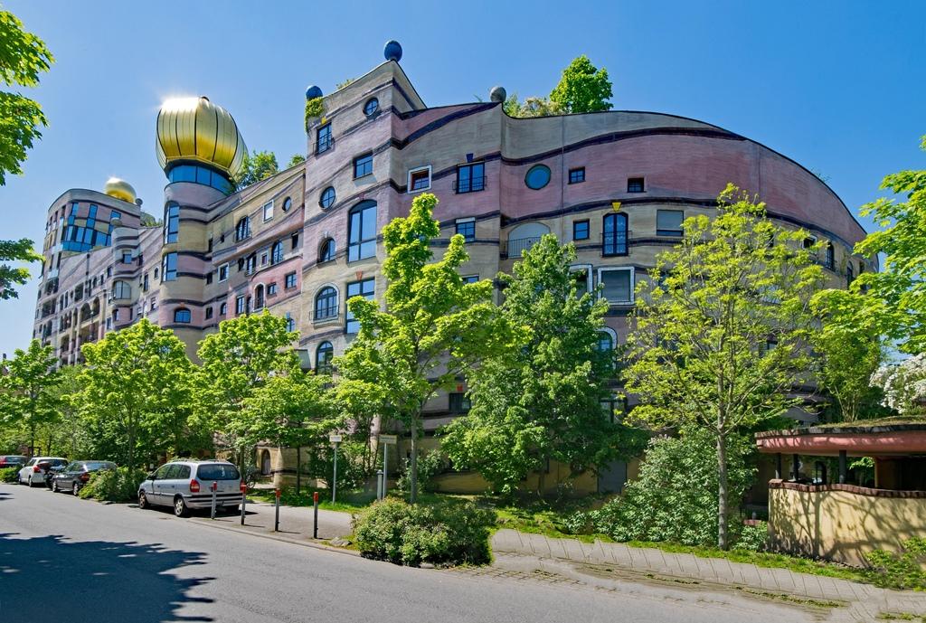 необычные здания Европы